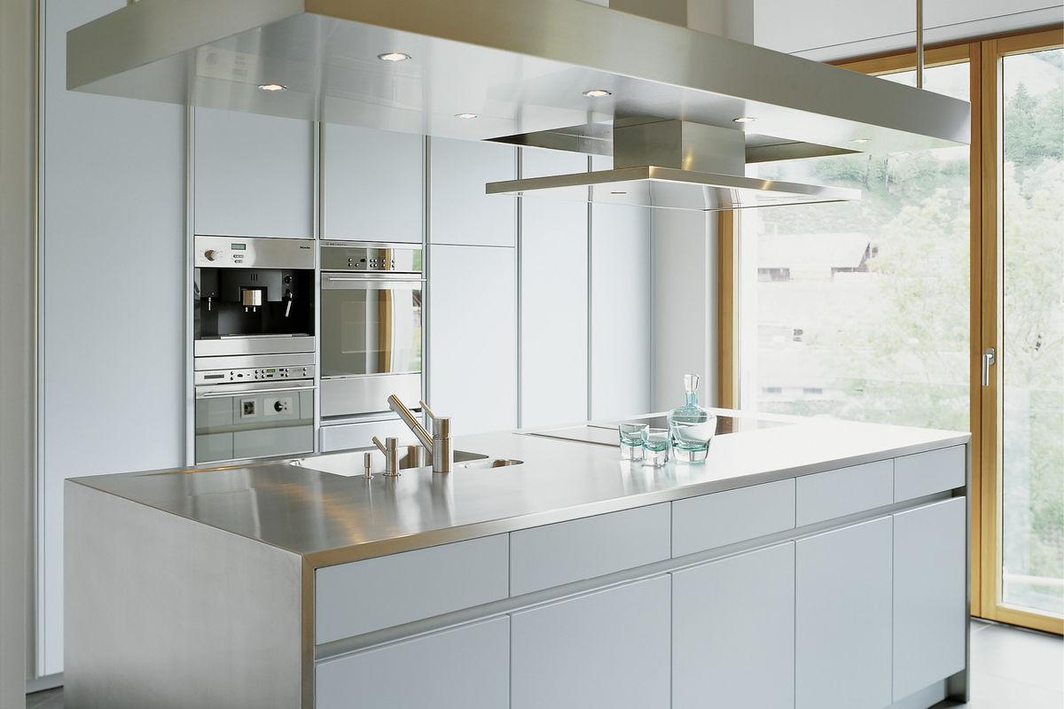touch 340, black supermatt (designer kitchens, line n (handleless ...
